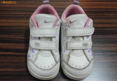 Adidasi copii, Fete - Adidasi fete copii Nike masura 22 - 23 fetita