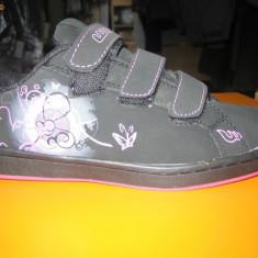 Pantofi sport copii/dama skate WINK;cod FB 111-4V (negru cu fuxia)-3V(negru cu mov) ;36-41 - Adidasi dama Wink, Marime: 38, 39, 40