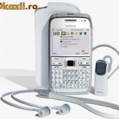 VAND/SCHIMB Nokia E-72 White ca nou-impecabil handsfree, casti, husa de piele, incarcator, cablu de date + cutie - Telefon mobil Nokia E72, Neblocat