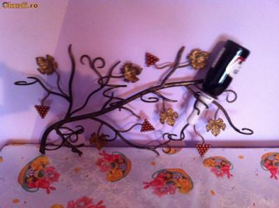 suport sticle de vin pentru perete foto