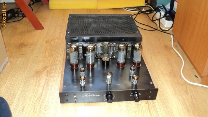 Amplificator pe lampi foto mare