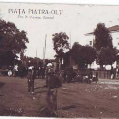 865 - PIATRA - OLT - Piata, tigan - old postcardreal PHOTO - used - 1928 - Carti Postale Romania dupa 1918, Circulata