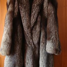 Cadou de Craciun ideal - Haina noua lunga din blana de vulpe argintie - import Italia - Palton dama, Marime: 46, Culoare: Argintiu, Argintiu