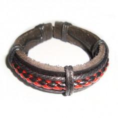 Bratara piele, Unisex - Bratara din piele neagra decor snur rosu si negru impletit