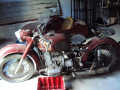 vand motocicleta dnepr mt-9 cu atas foto