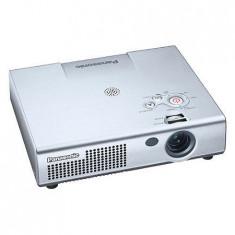Videoproiector Panasonic PT-LM1E