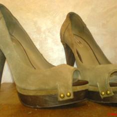 Pantofi Zara Peep Toe din piele intoarsa, toc 15 cm - Pantof dama Zara, Marime: 36, Culoare: Khaki, Khaki