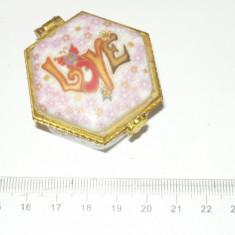 Cutie / Caseta bijuterii mica - 2+1 gratis toate licitatiile - RBK957 - Cutie Bijuterii