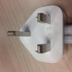 Adaptor priza pentr incarcator iPad UK (original) - Adaptor Tableta Apple