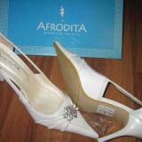 Pantofi de mireasa noi - Pantofi dama