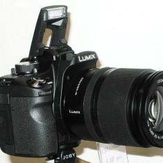Vand/Schimb Aparat foto profesional Panasonic L10 Lumix DSLR obiectiv - DSLR Panasonic