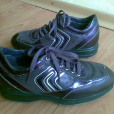 Adidasi din piele firma GEOX marimea 37, aproape noi, arata impecabil! - Adidasi dama Geox, Marime: 36, Culoare: Visiniu