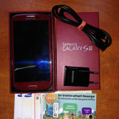 Vand Samsung galaxy s3 nou nout cu toate accesoriile - Telefon mobil Samsung Galaxy S3, Maro, 16GB, Neblocat, Quad core, 2 GB