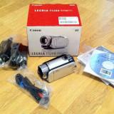Camera video Canon Legria FS200 in cutie, Card Memorie, CCD, 30-40x, Intre 2 si 3 inch