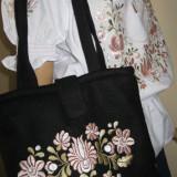 Poseta / geanta brodata manual cu matase roz - Geanta handmade