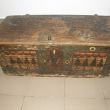 Mobilier - LADA DE ZESTRE, CUFAR, VECHI, PICTAT
