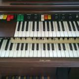 Pianina tip orga  electronica elite duo 44 ! stare perfecta de functionare