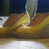 Pantofi wedge Zara, galbeni, deschisi in fata - Pantof dama Zara, Marime: 36