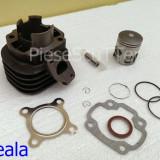 Kit cilindru / Set Motor + Piston + Segmenti Scuter Malaguti F10 / F12 / F15 / Centro / Ciak ( 2T / 65cc / Racire Aer )