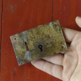 Broasca veche pentru cufar - lada de zestre fara cheie !!!