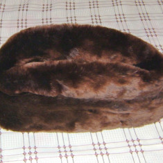 Fes Barbati - CACIULA BARBATEASCA DIN BLANA NATURALA ; caciula de ofiter militar.