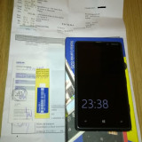 Vand Nokia Lumia 820 impecabil, cu garantie de la Vodafone