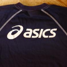Bluza Asics; marime XS: 51.5 cm bust, 56 cm lungime, 71 cm maneca pana la guler - Bluza barbati Asics, Culoare: Din imagine