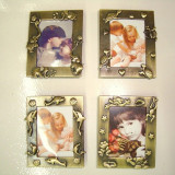 Set 12 Rame Foto magnet din metal  5 x 4 cm, poza 3.5 x 2.5  cm, marturii nunta botez