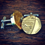 Butoni camasa aur 24karate 21mm moneda englezeasca cutie cadou