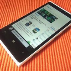 Vand lumia 920 impecabil - Telefon mobil Nokia Lumia 920, Alb, Neblocat