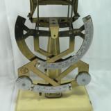 Cantar/Balanta - VECHI CANTAR DE POSTA - 2 SCALE 0 - 100 GR. SI 0 - 500 GR. - INALTIME 31 CM - PLACA DE BAZA 15 X 10 CM - STARE DE FUNCTIONARE - PIESA DE COLECTIE