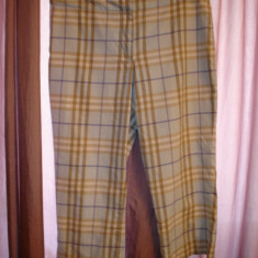 Pantaloni dama Burberry, Trei-sferturi, Multicolor, M/L - Pantaloni capri Burberry London 100% original