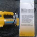 Compresor Auto alimentare Priza bricheta 12v pentru masina de umflat roti mingii saltele - Bricheta Auto