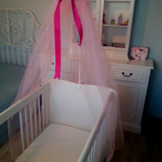 Patut lemn pentru bebelusi, Alte dimensiuni, Roz - Baldachin roz patut bebe