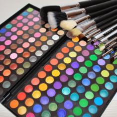 Trusa machiaj make up 168 culori fard MAC + Set 12 pensule par natural Fraulein - Trusa make up Mac Cosmetics