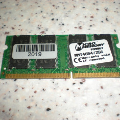 Memorie laptop sdram 256MB PC133 SO-DIMM MICROMEMORY MMI4654/256 - Memorie RAM laptop