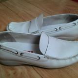 Pantofi din piele firma PRADA marimea 39,arata impecabil!