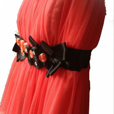 Rochie de banchet DoriDorca! - Rochie banchet, Culoare: Corai, Marime: 40, Scurta, Cu bretele, Poliester