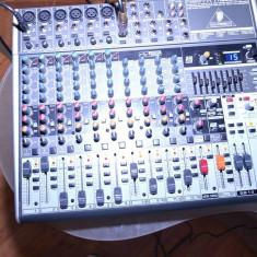 Vand Mixer Behringer Xenyx 1832 USB - Mixere DJ