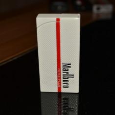 Bricheta Marlboro metalica antivant - Bricheta Zippo Marlboro, Tip: De buzunar