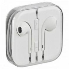 Casti Telefon, iPhone 5/5S, Alb, In ureche, Comenzi pe fir - Casti Compatibile Apple/Iphone 4/4s/5/5s/5c/6/6s/6 Plus Sigilate in Cutie