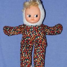 Papusa / papusica, fata din cauciuc, corp din material textil umplut cu vatelina, vechi, vintage, colectie, nostalgici, anii '80 - Papusa de colectie