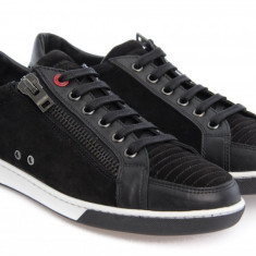 Sneakers MOSCHINO model 56107 - Ghete barbati Moschino, Marime: 42, Culoare: Negru