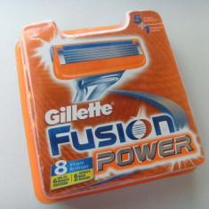 13 cutii (8 rezerve in pachet) Gillette