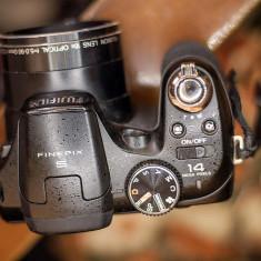 Aparat Foto Fujifilm FinePix S4200 - Fujifilm Finepix S9250 Impecabil!