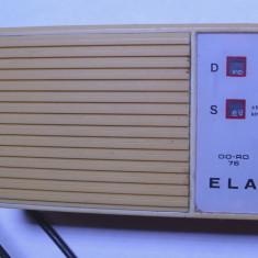 Aparat radio - Radio vechi anii 70 e cat cora si e extrem de rare unitra e functional
