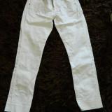 Haine Copii peste 12 ani, Pantaloni, Fete - Blugi albi pentru fete, de dama, marimea 157 cm, peste 12 ani sau XS, S, clasic