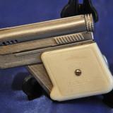 Bricheta Zippo - Bricheta Pistol IMCO 6900. Made in Austria. Bricheta veche de colectie