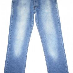 DIESEL - Made in Italy - (MARIME: 31) - Talie = 78 CM / Lungime = 108 CM - Blugi barbati Diesel, Culoare: Albastru, Prespalat, Drepti, Normal