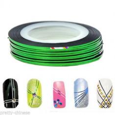 Banda decorativa pentru modele unghii de culoare verde, benzi decorative - Unghii modele